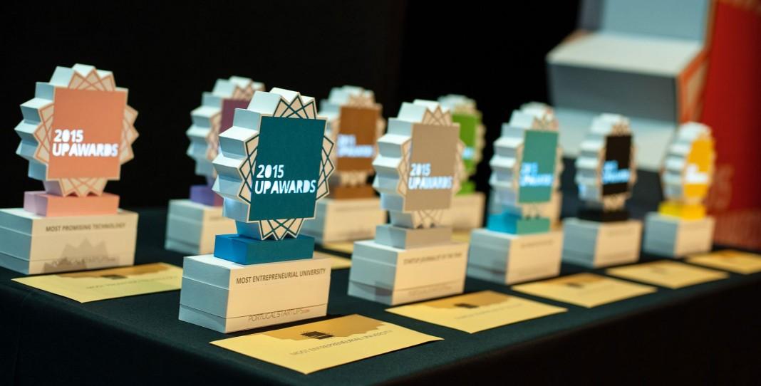 UP AWARDS Prizes