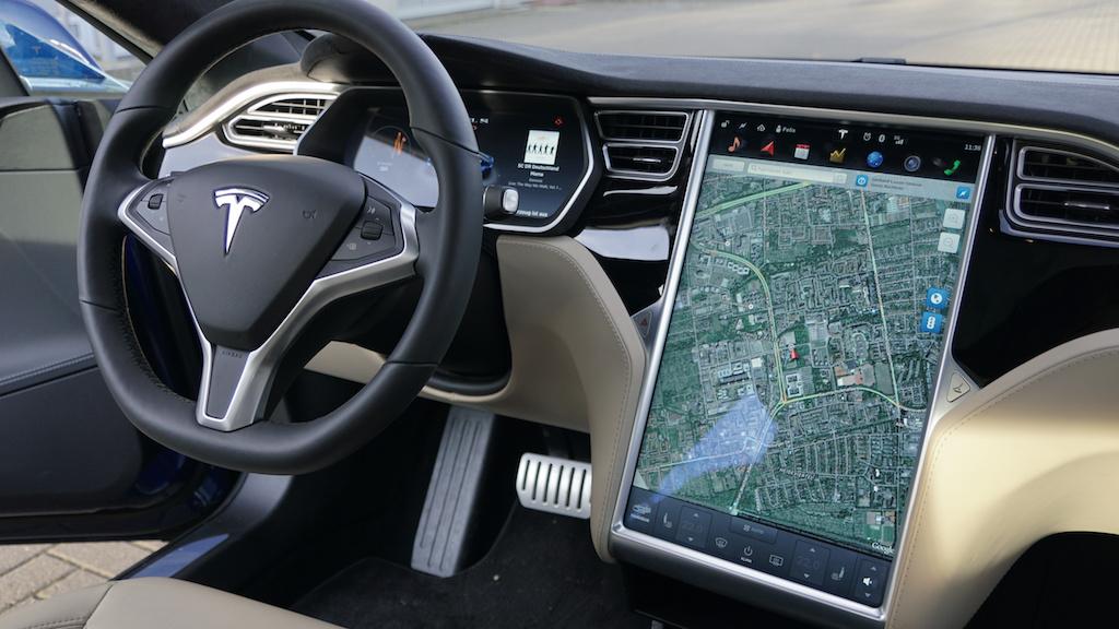 Tesla Display